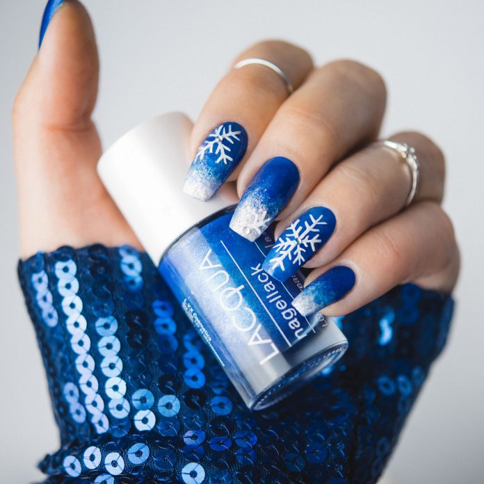 Blue & White Ombre Nails with Snowflakes