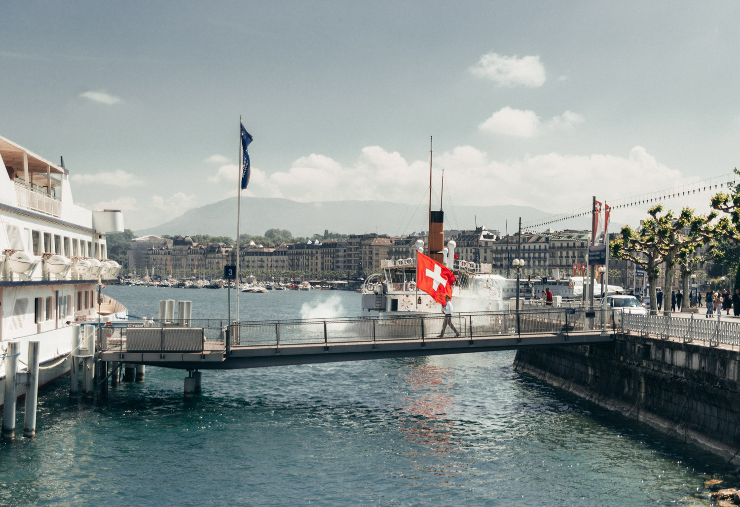 Travel Guide to Geneva, Switzerland