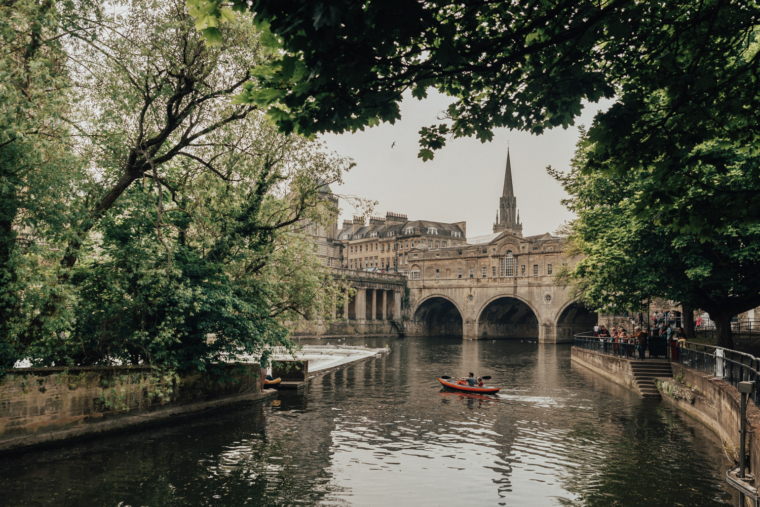 En Weekedn i Bath | Pulteney Bridge, River Avon, Bath, England, UK