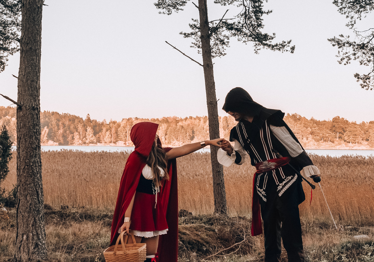 Halloween Costume Ideas - Red Riding Hood & Ezio