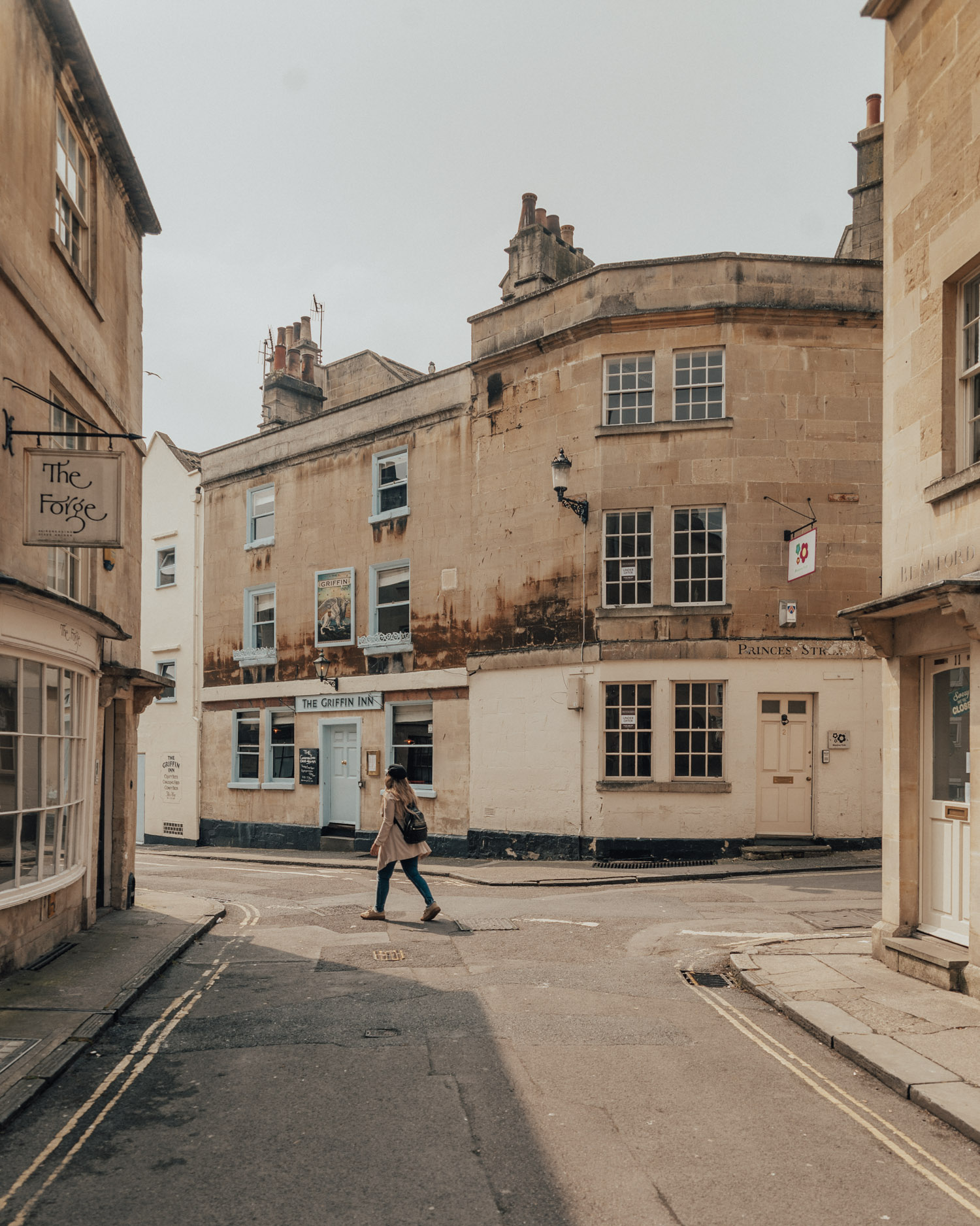 A Weekend in Bath | Walk on honey-colored streets