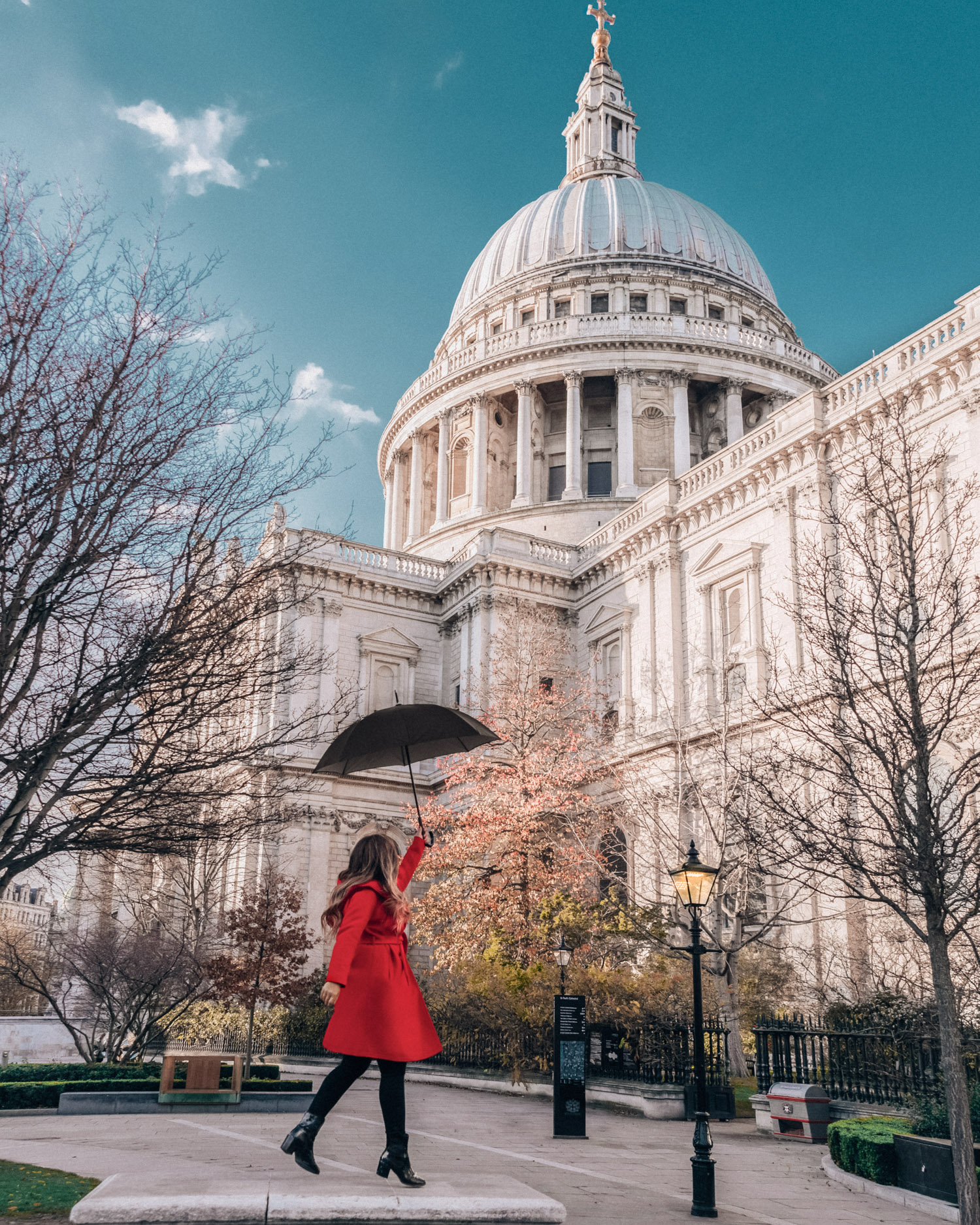 St. Paul's Cathedral | A Mary Poppins Returns Guide to London