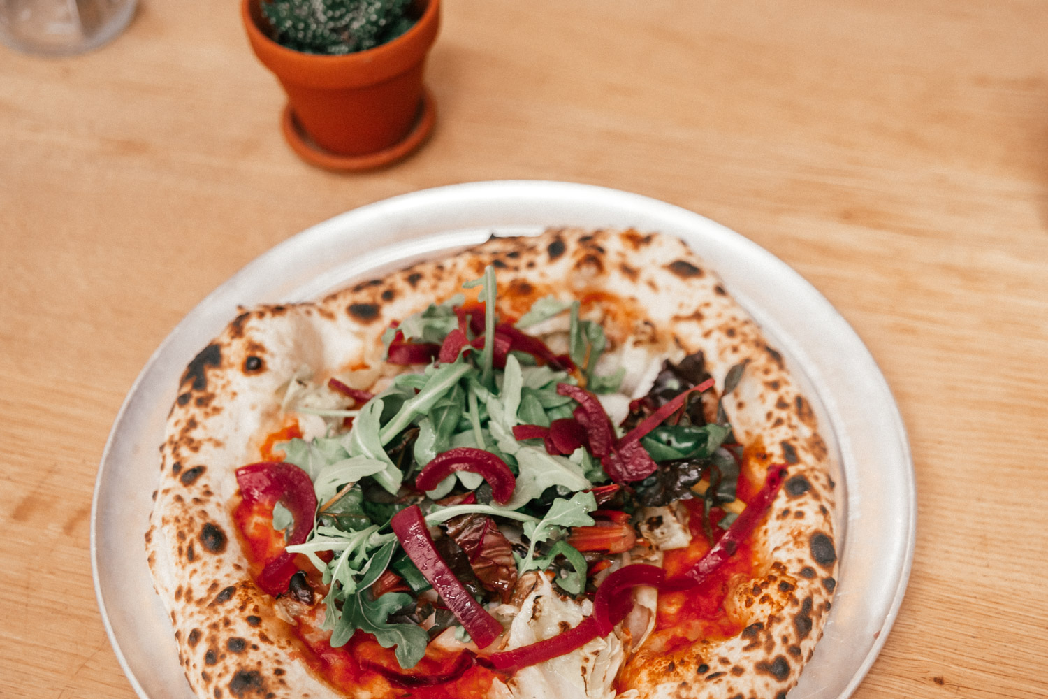 Vegan sourdough pizza at Standard PAKT, Antwerp