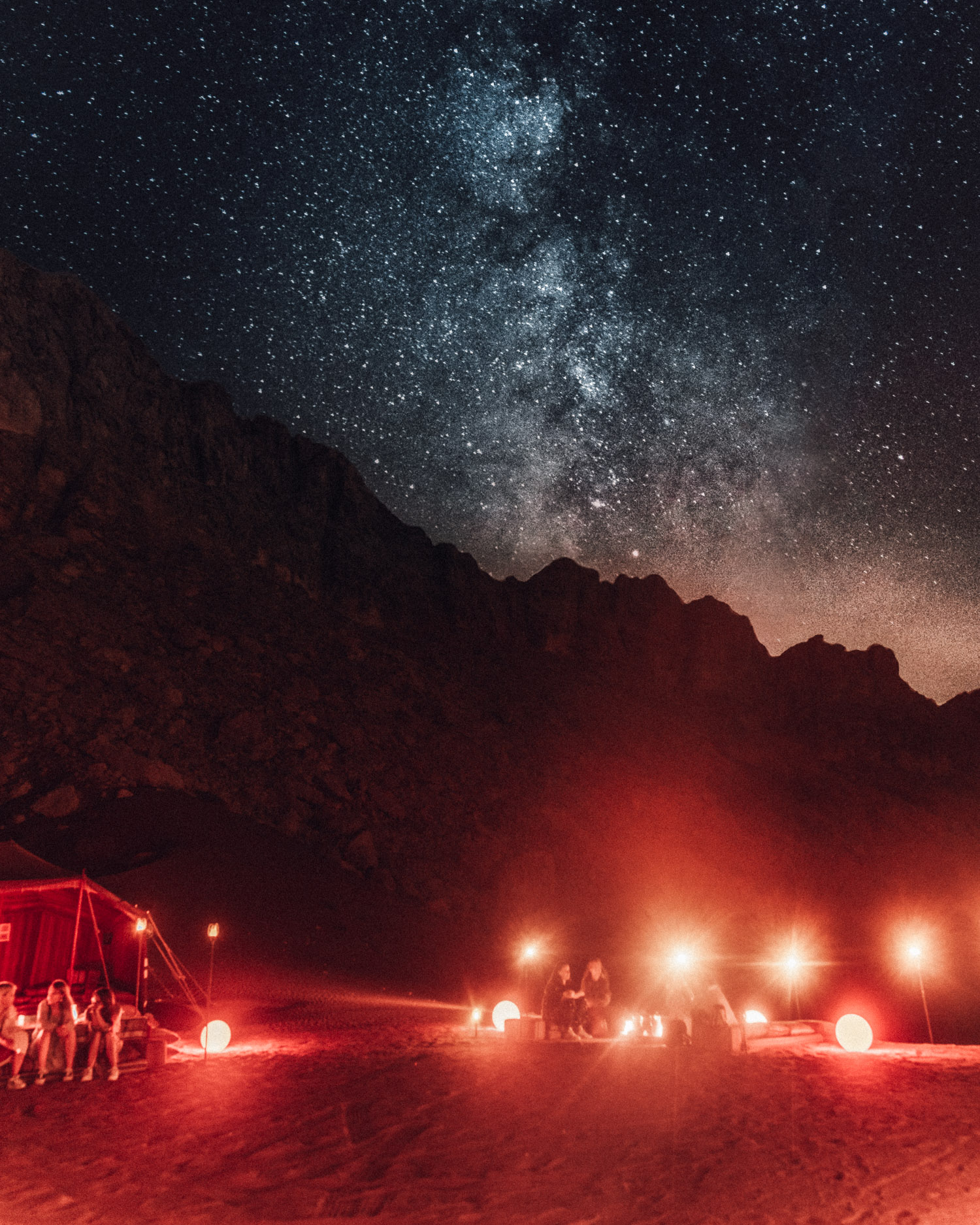 Camp under the stars with Discover Mleiha