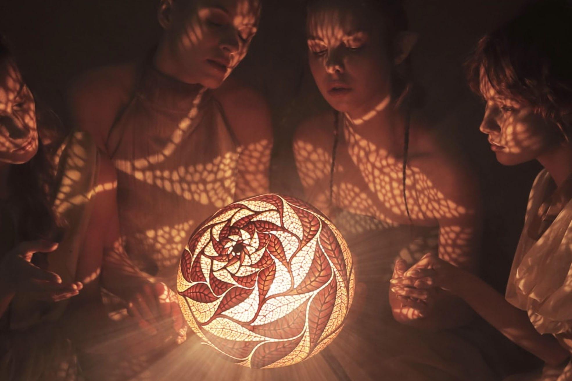 Handmade magical lights by Calabarte