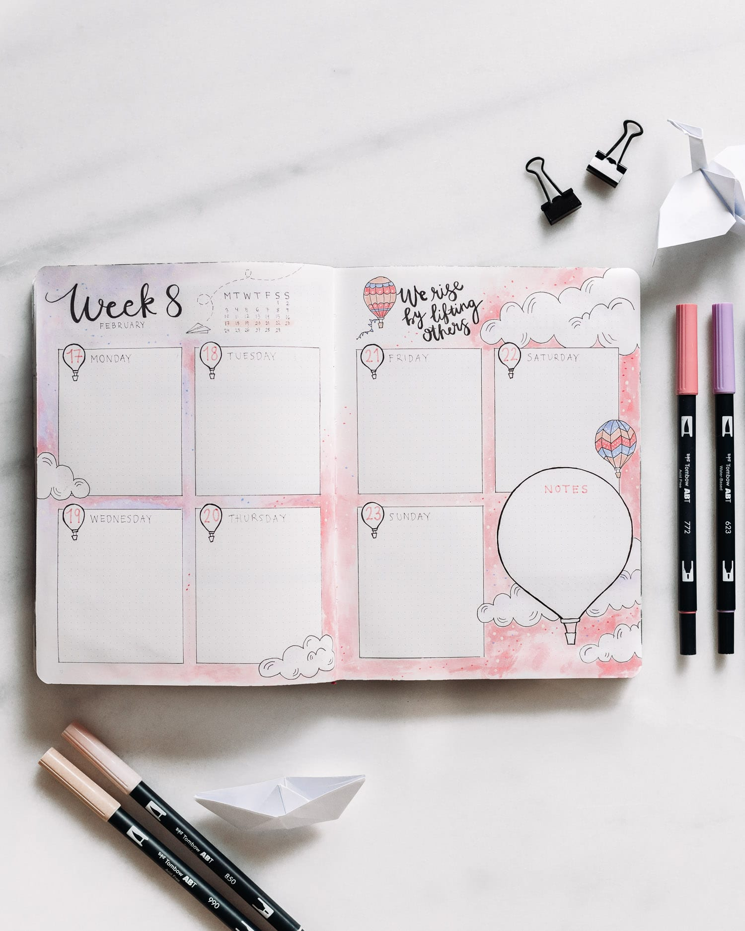 Bullet Journal Weekly Log Idea: Hot Air Balloon Theme - 3/4