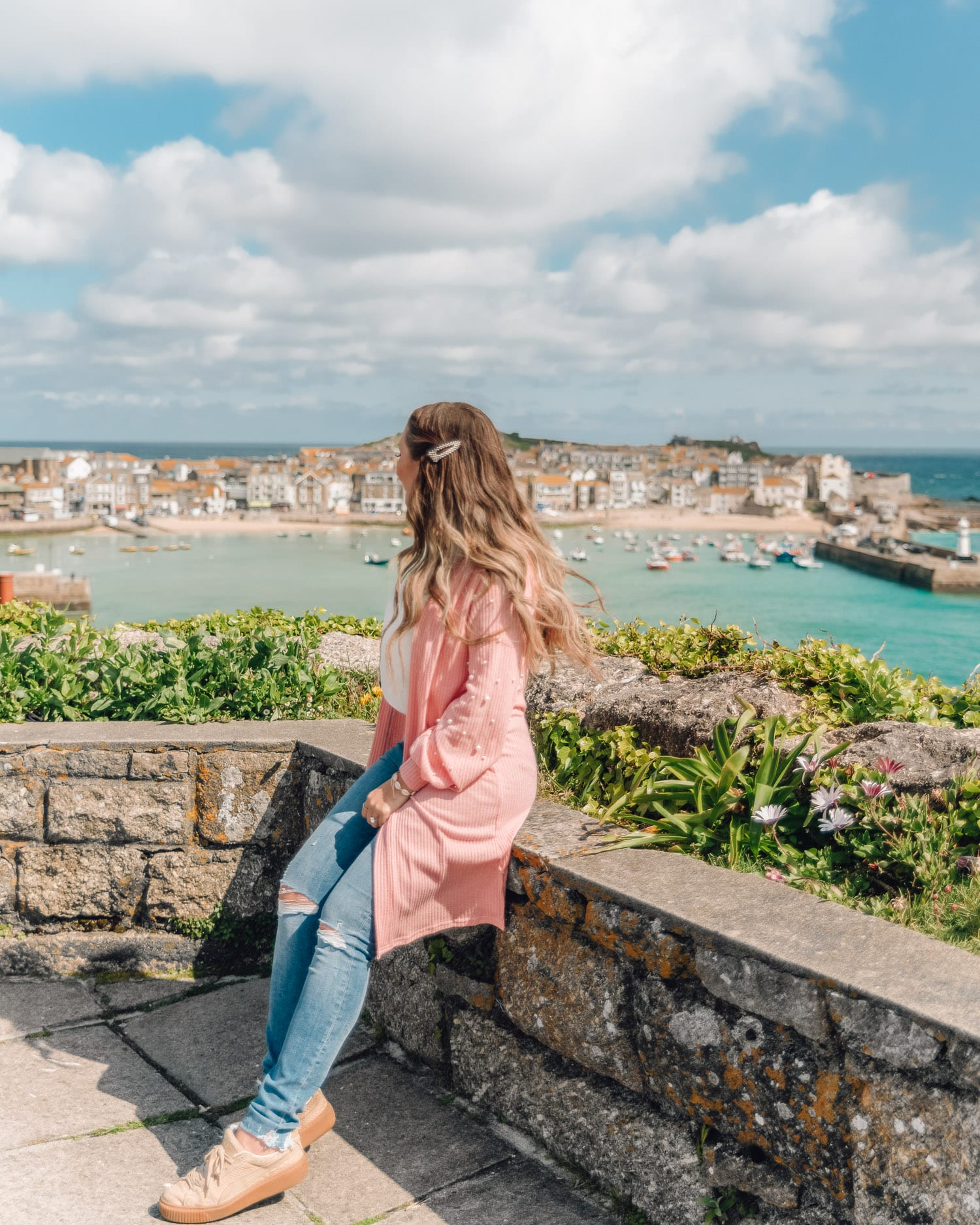 Beautiful viewpoint for photos in St Ives | Most Instagrammable Places in Cornwall, UK