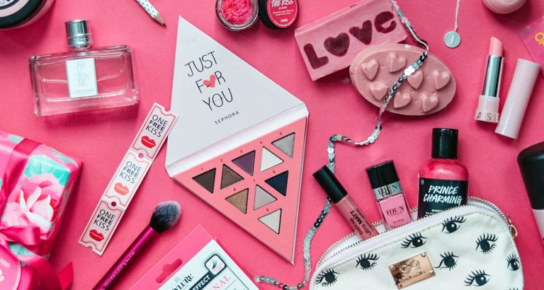 18 Beauty Gifts to Treat Yourself on Valentine's Day