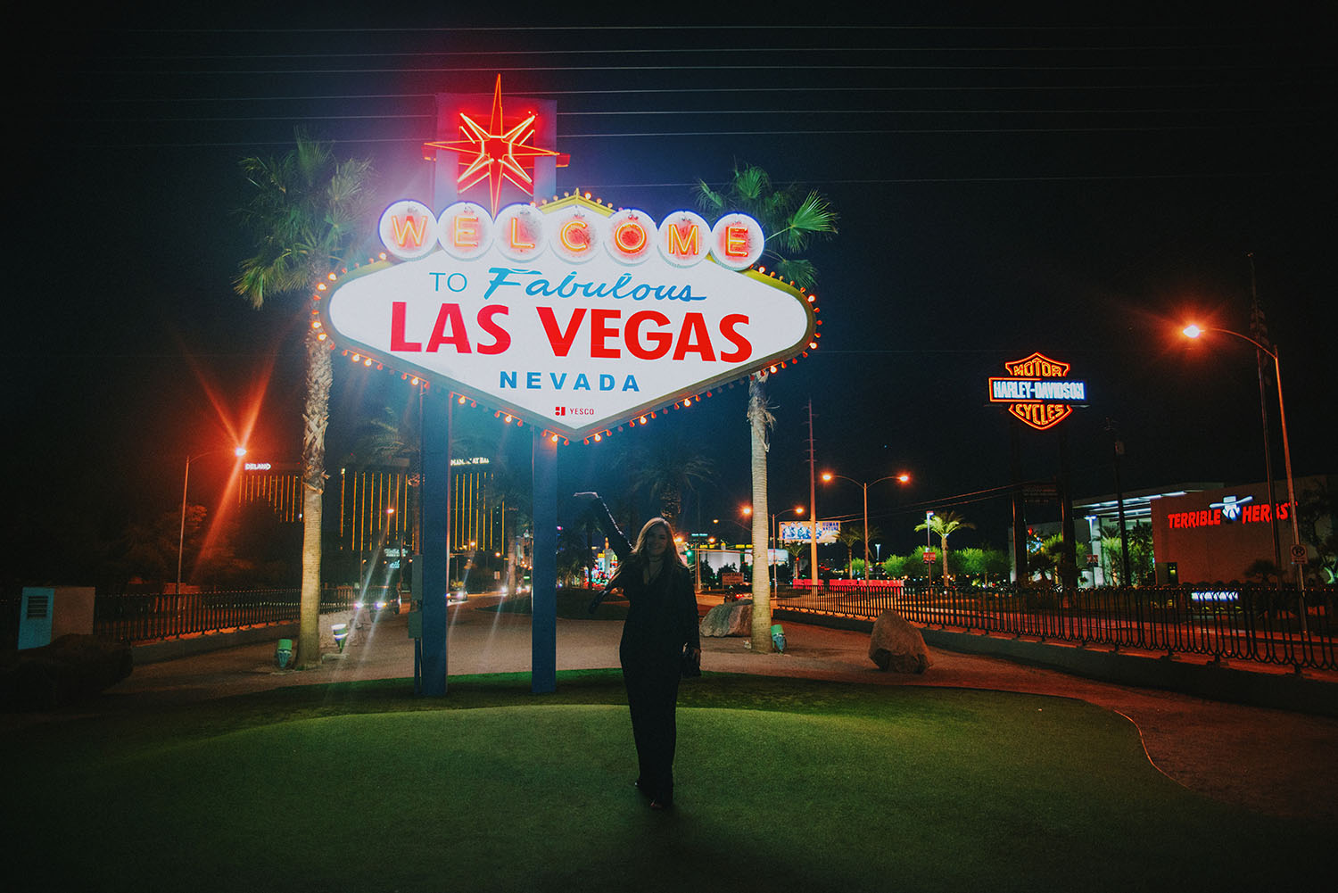 30 things to do in las vegas my travel guide to the most fabulous city adaras blogazine. Black Bedroom Furniture Sets. Home Design Ideas