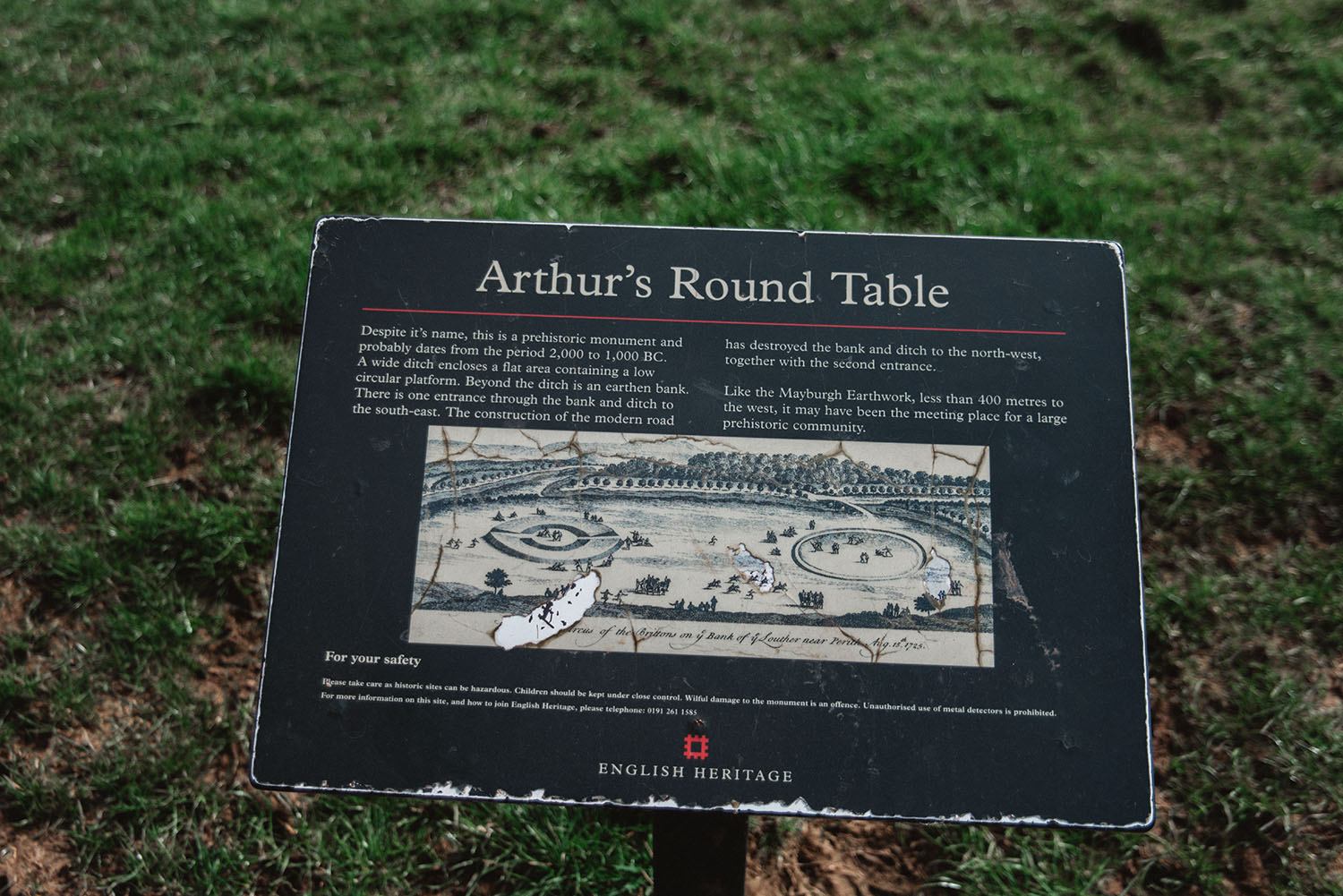 Was king arthur and the knights of round table real - King arthur s round table found ...