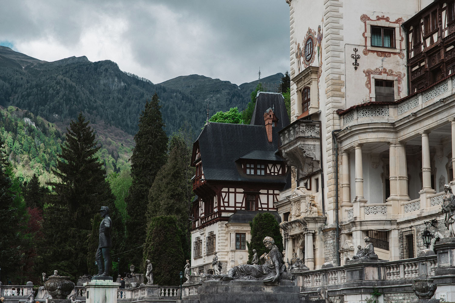 One of Europe's most stunning castles: Peleş Castle in Romania