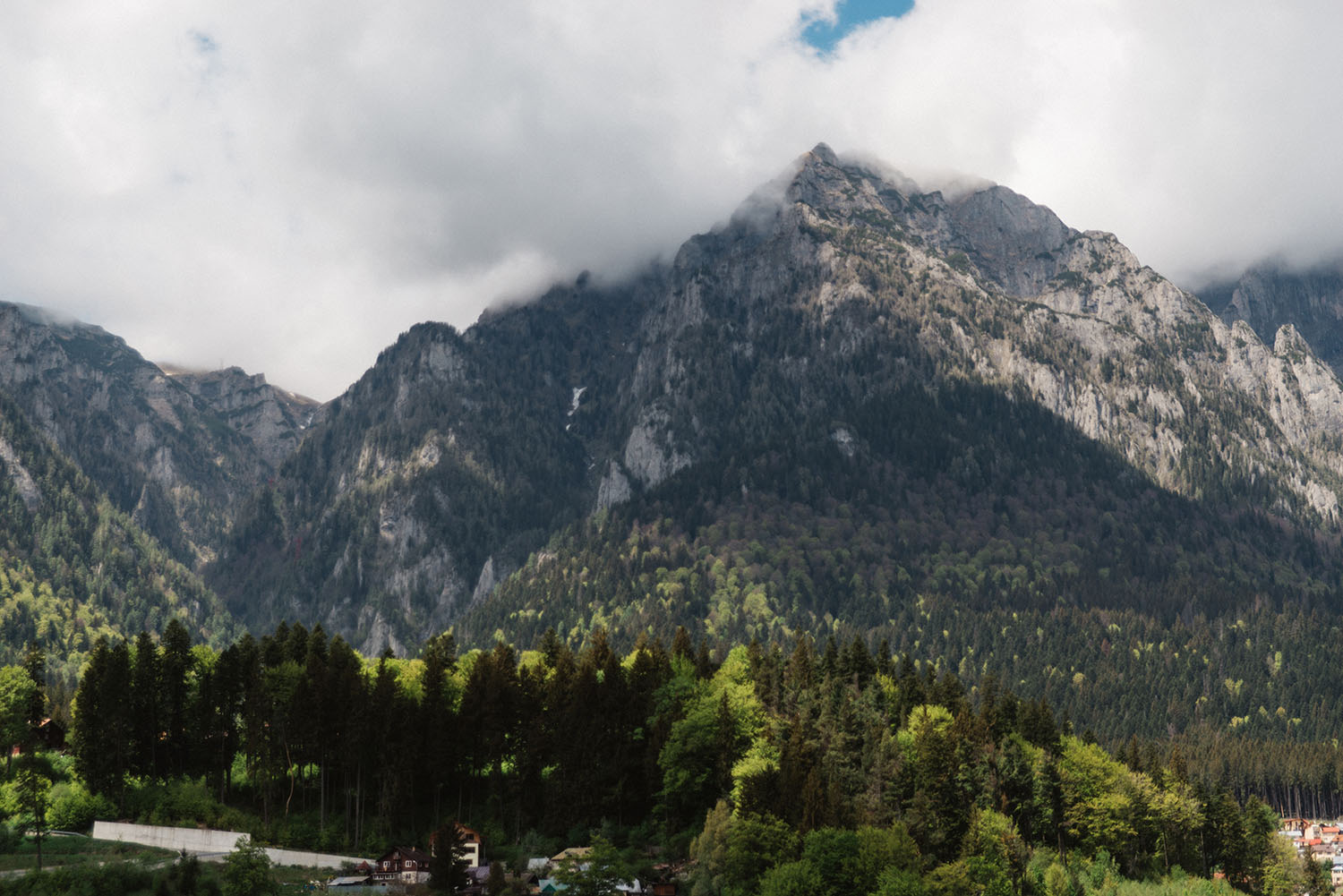 A Full day tour from Bucharest to Transylvania