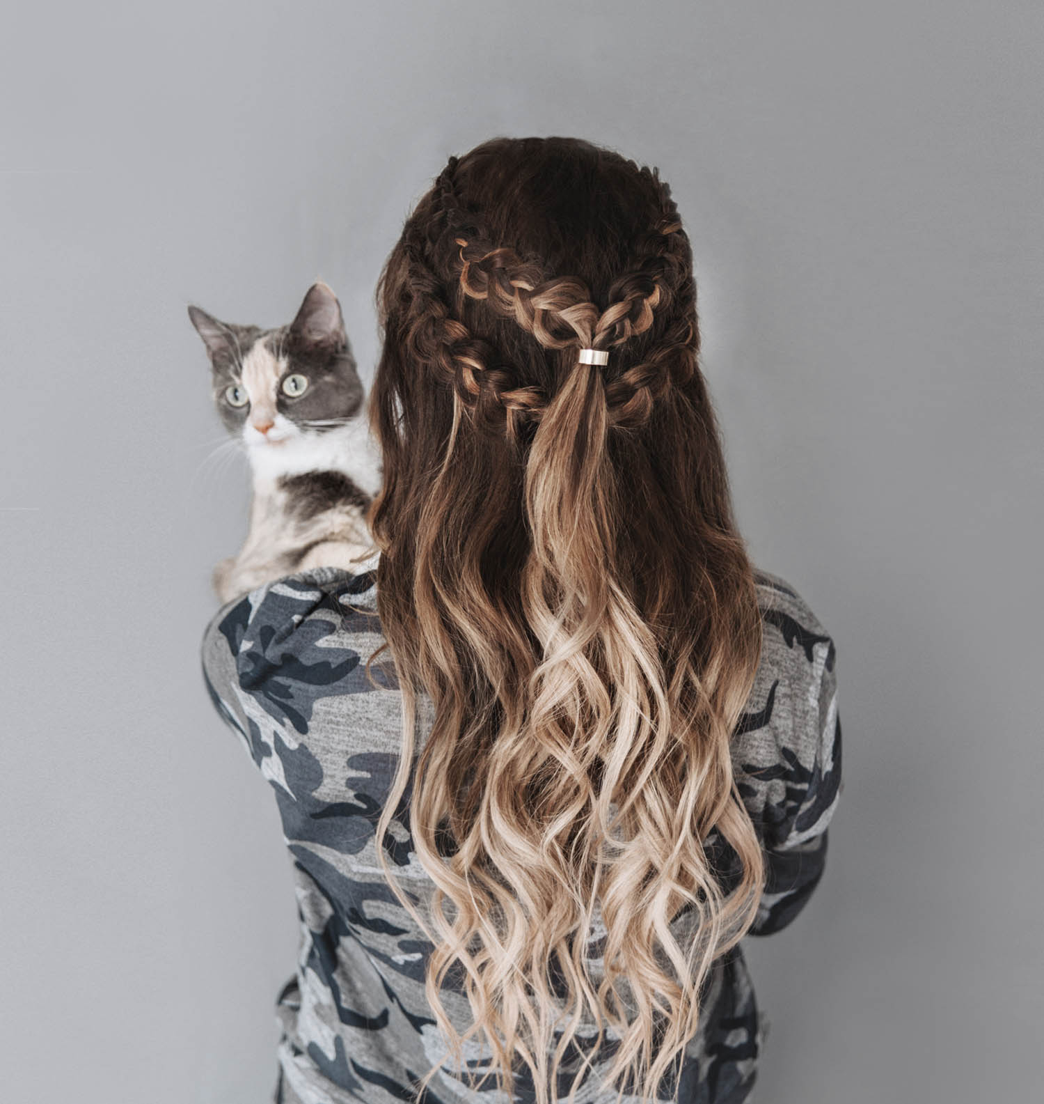 Tutorial: How to get a Khaleesi Hairstyle with braids - in 6 Simple Steps