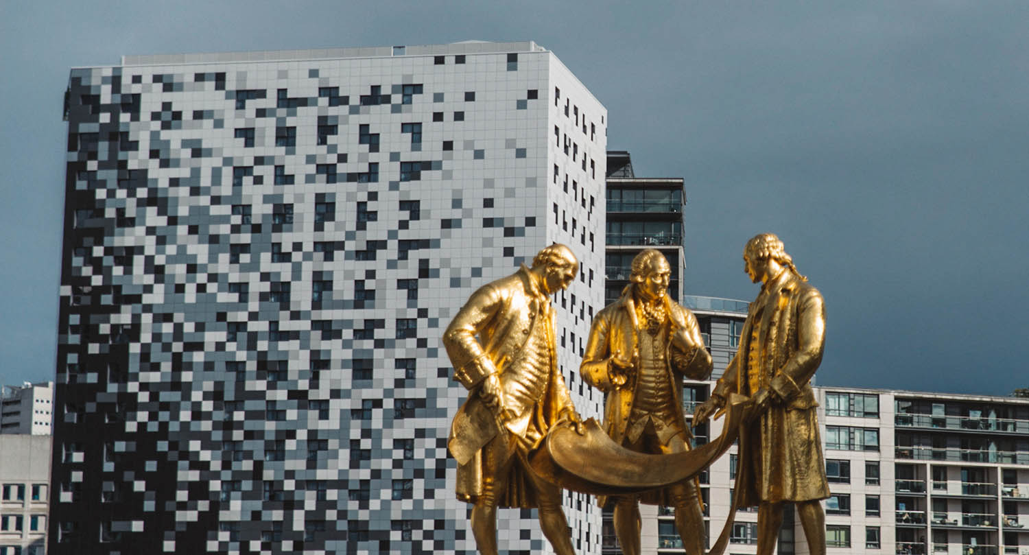 Golden statues in Birmingham