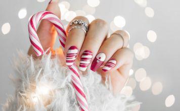 15+ Christmas Nail Art Ideas