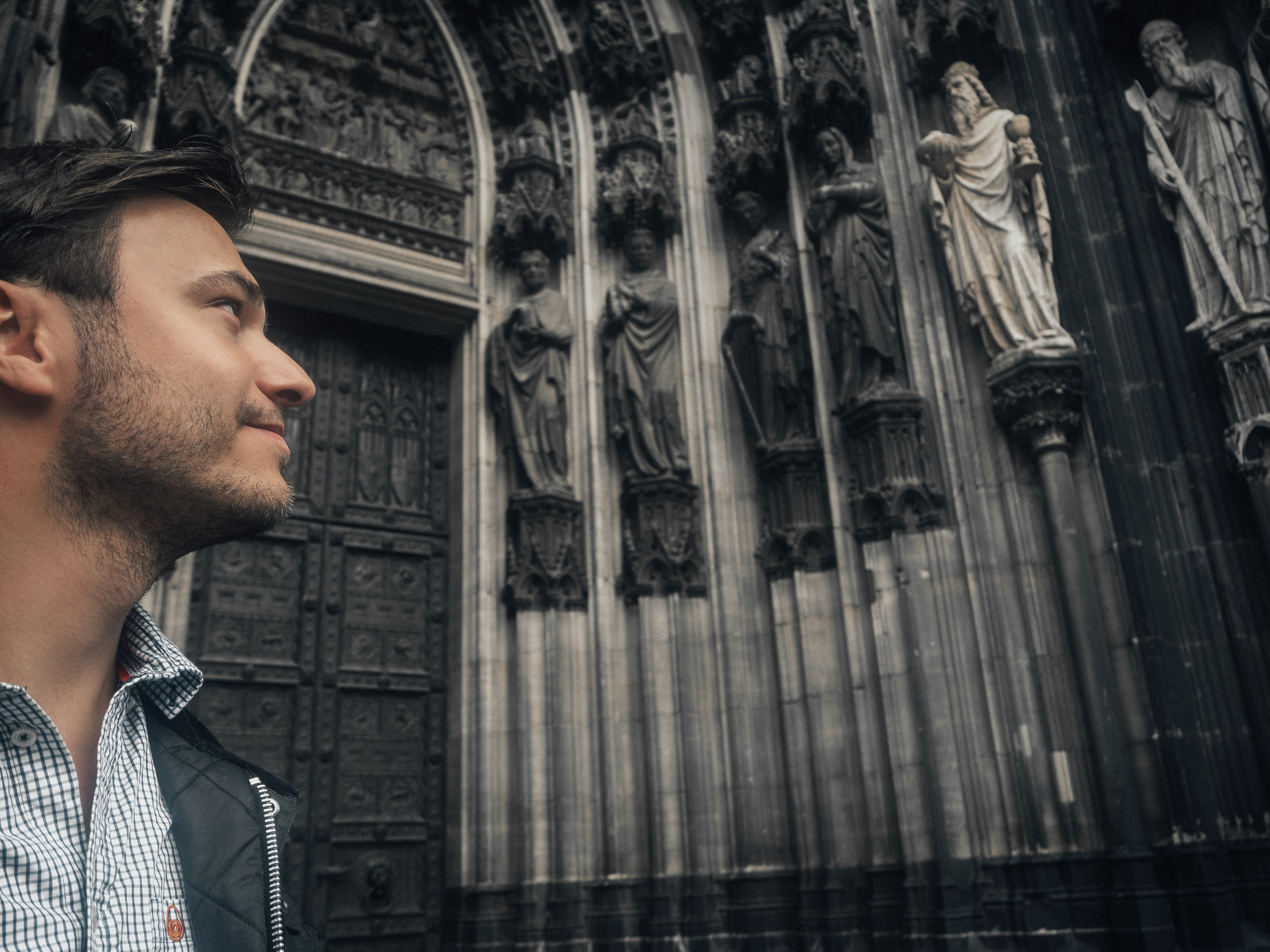 Simon Eriksson by Cologne Cathedral