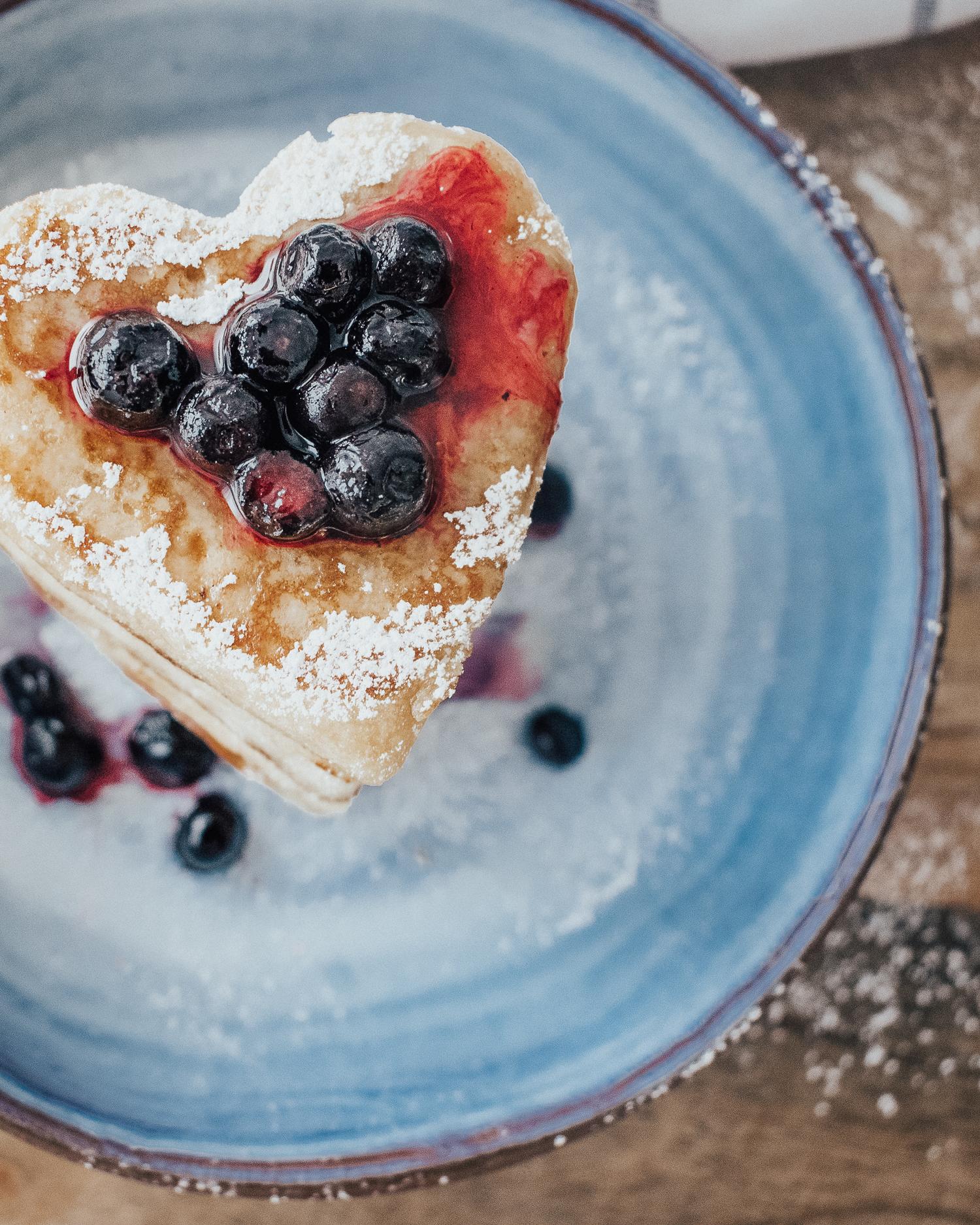 Super Simple Gluten-Free Vegan Pancakes with applesauce
