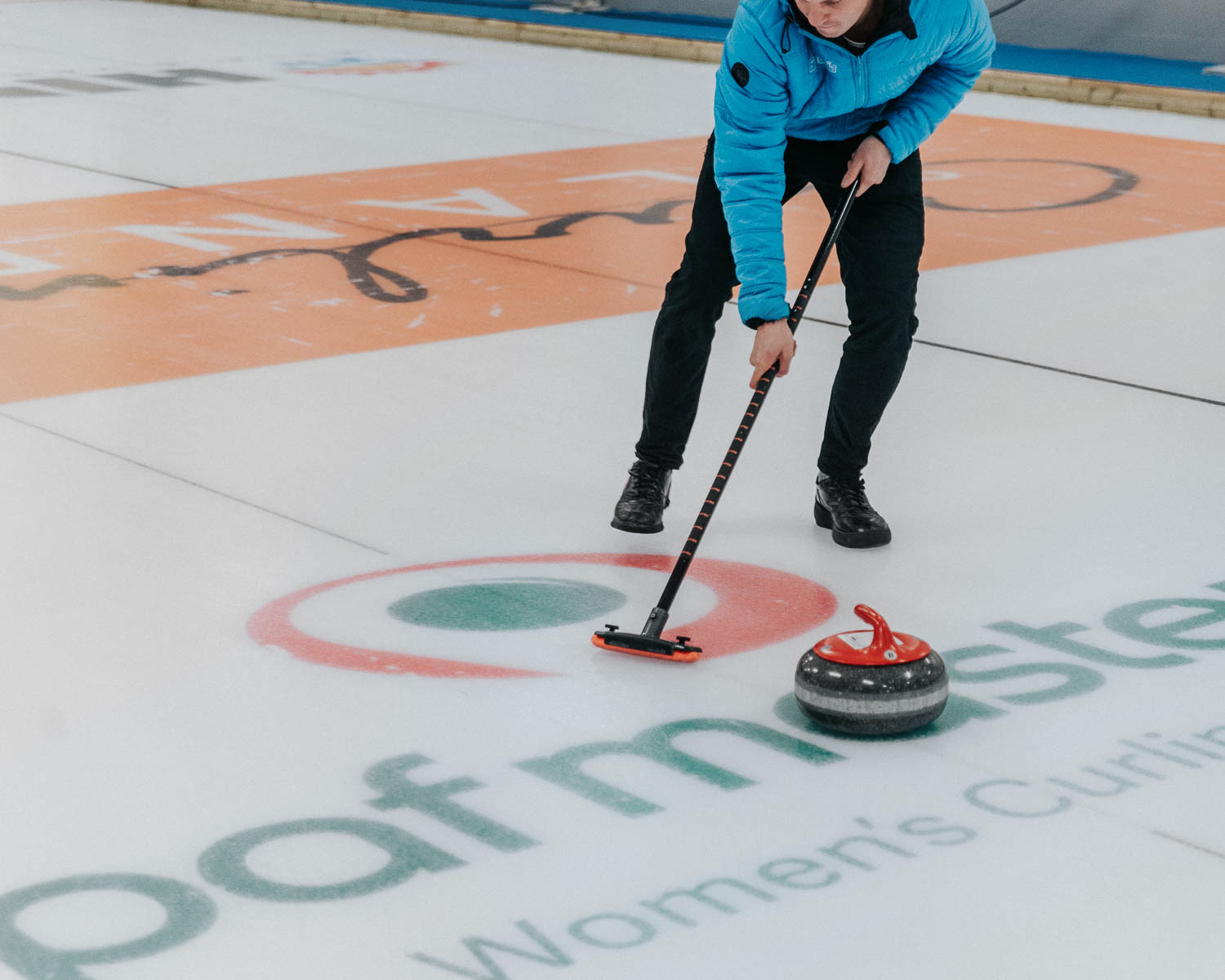 Curling in Eckerö |Things to do in the Åland Islands
