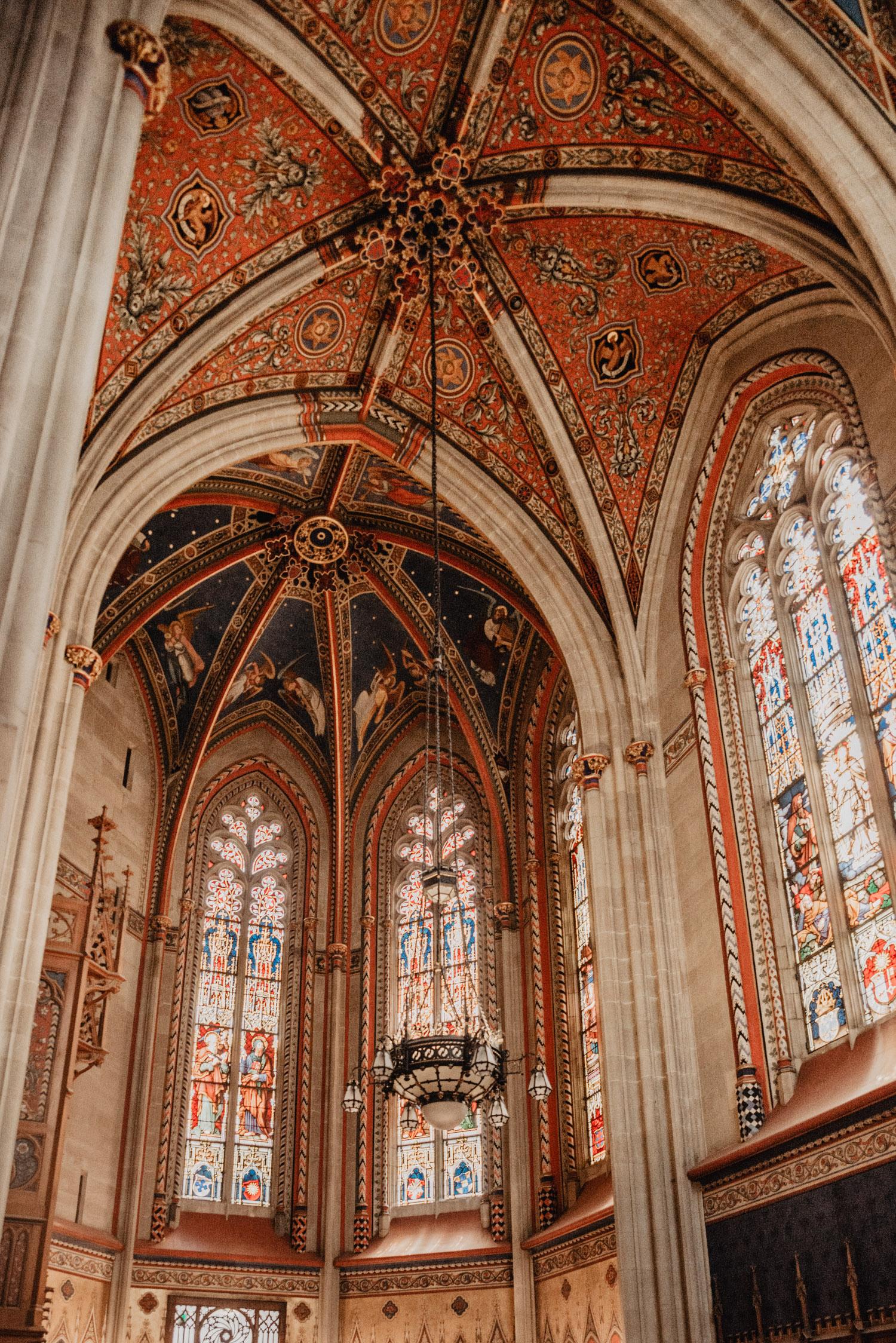 Saint-Pierre Cathedral Interior