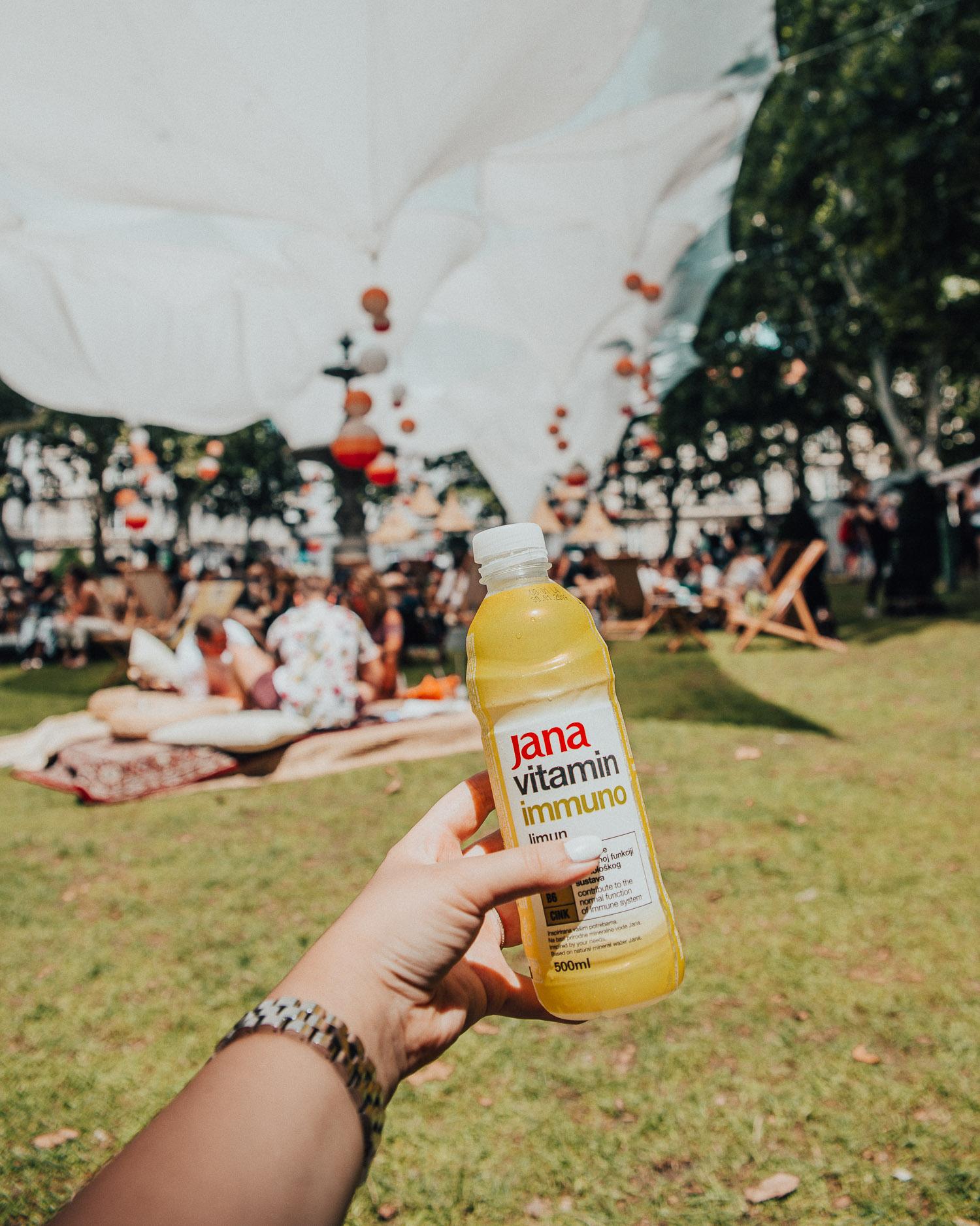 Drink in Zrinjevac Park