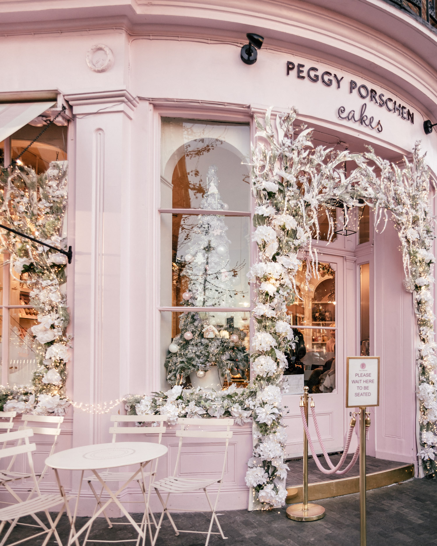 Peggy Porschen Cakes |Instagram-worthy spots in London