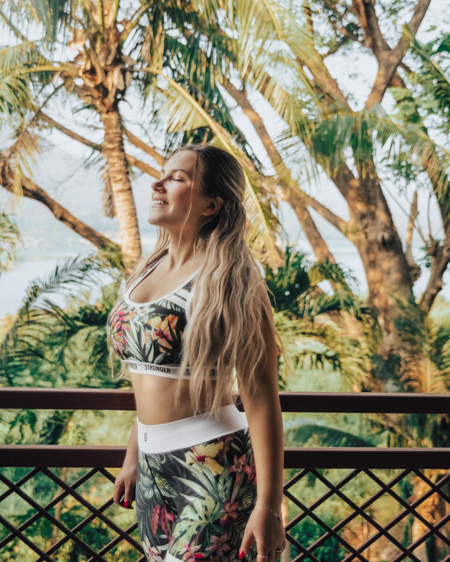 Stronger Vietnam Gym Tights & Sports Bra