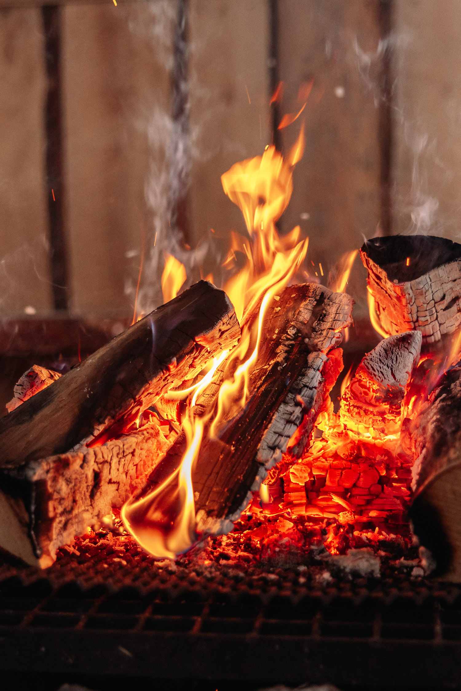 Close up photo of an open fire.