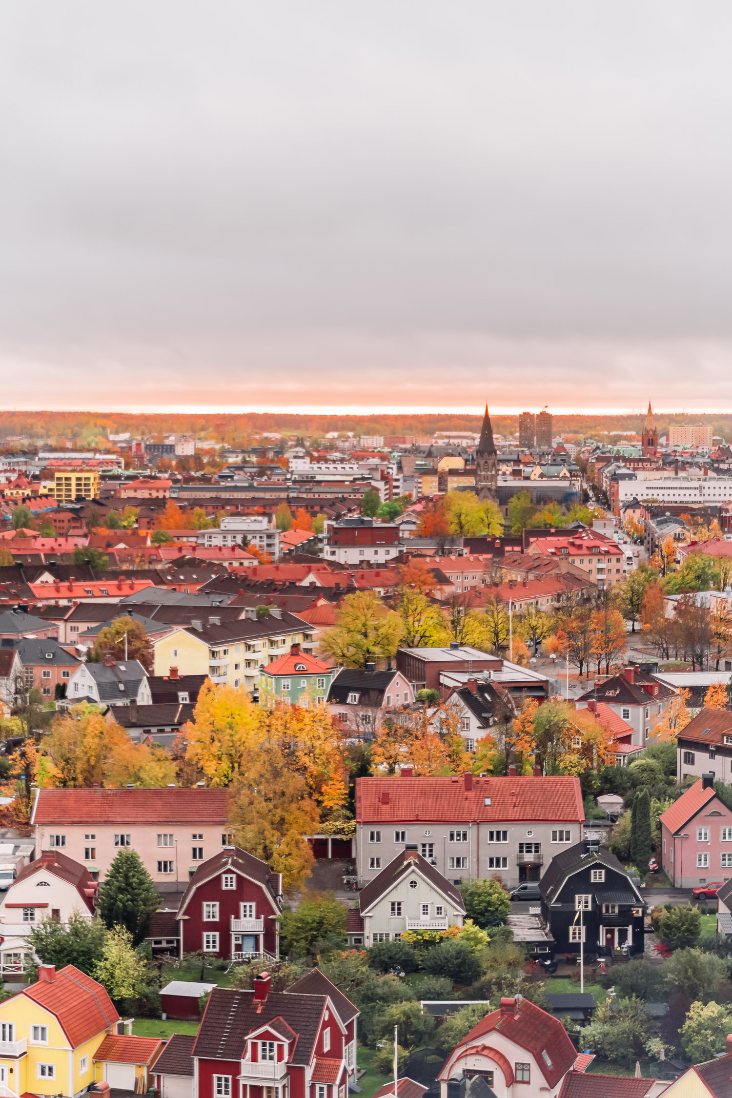 Beautiful views of Örebro from the iconic water tower Svampen